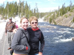 "<div><font size=""1"">Míša s maminkou u vodopádů.</font></div>