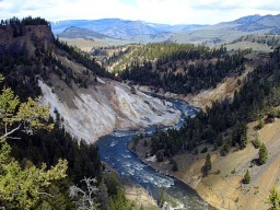 "<div style=""MARGIN: 0in 0in 0pt""><font size=""1"">Řeka Yellowstone v Grand Canyonu.</font></div>