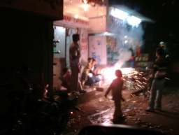 <div>Diwali v ulicích.</div>