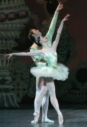 nutcracker-nycb-with-askega.jpg