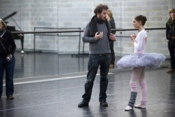 black-swan-movie-photo-08-550x366.jpg