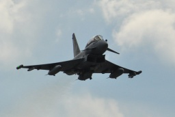 Eurofighter EF-2000 Typhoon T 30+42