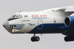 4K-AZ100 Iljušin Il-76TD-90VD Silk Way Airlines