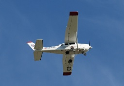 Cessna T206H HB-CZD (Swiss Aviation Services)
