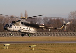 "Mil Mi-17 ""Hip-H"" 0825 (LOM Prague)"