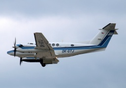 Beechcraft 300LW Super King Air OK-GTJ (Erwin Junker Grinding Technology a. s.)