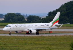 Embraer ERJ-190-100IGW LZ-BUR (Bulgaria Air)