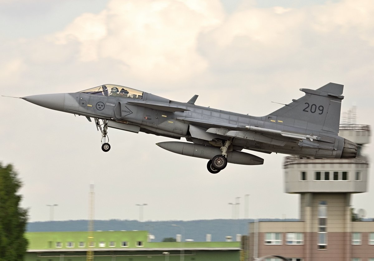 Saab 39C Gripen   Swedish Air Force     39209