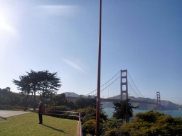"<font size=""1"">Golden Gate Bridge.</font>"