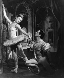 Moira Shearer and Michael Somes in Cinderella.jpg