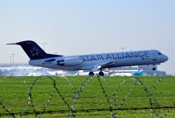 D-AGPH Fokker F-100  Star Alliance