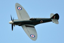 PS-915  Supermarine 389 Spitfire PR19   RAF