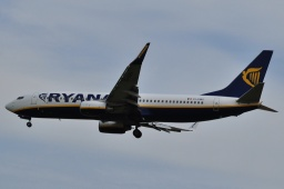 EI-DWS  B737-8AS   Ryanair