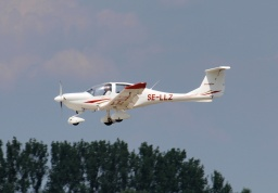Diamond DA-40, zástupce general aviation.
