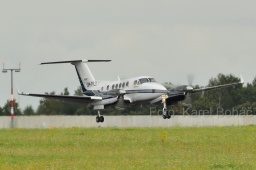 OM-FLY  Beech 200 Super King Air  Private