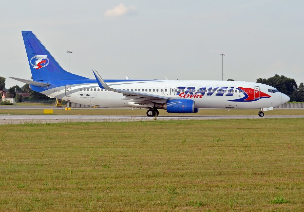 B737-8AS   Travel Service    OK-TSL