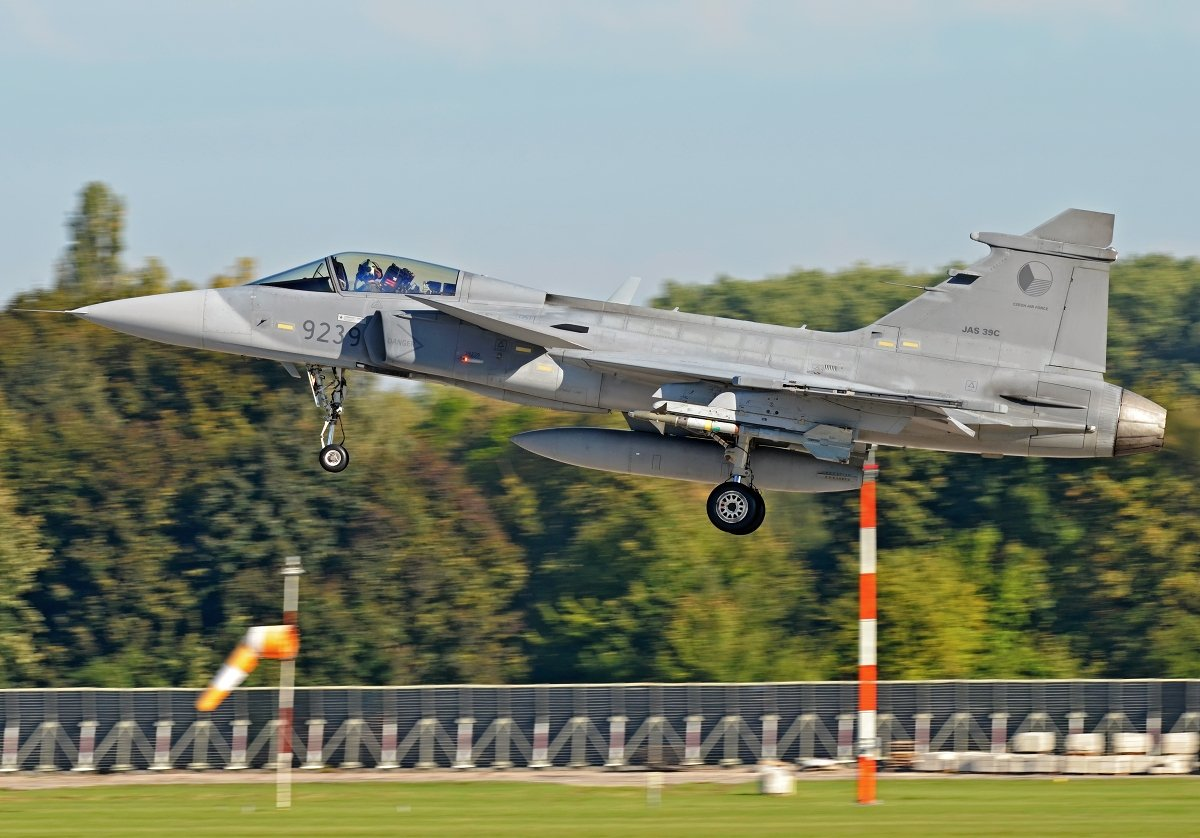 Saab 39C Gripen    Czech Air Force    9239